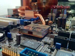 Motherboard Reparatur